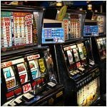 Playing Online Blackjack Or Slots: Getting Lady Luck On Your Good Side