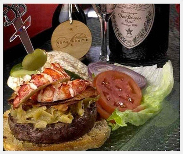 This phenomenal Kobe beef burger and champagne combination will truly delight and tantalize your tastebuds.