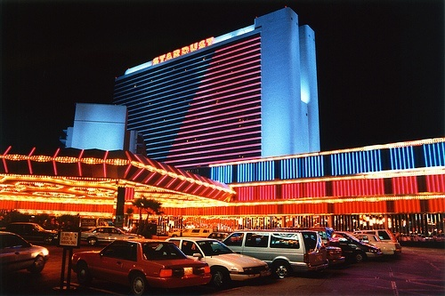 Still one of Vegas' great mysteries, a casino cashier that walked away smoothly with half a million still hasn't been found over 20 years later. (Source: Flickr.com/stevenm_61)