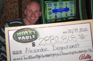 Alexander Degenhardt won a huge jackopot (Image: theblaze.com)