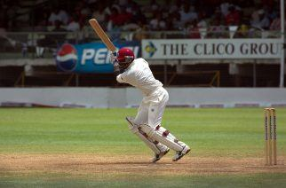 10 of the Greatest Sporting Left-Handers