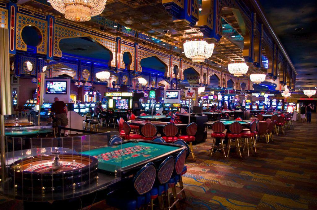 Курсова робота на тему клуби казино ресторанів у Воронежі Авалон казино розмістити маленький поновлення