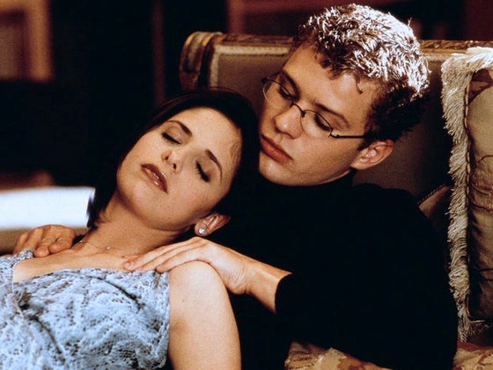 Set in 1999, Cruel Intentions is a film involving betting on romance