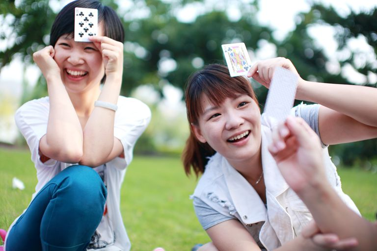 An image of this popular Chinese card game
