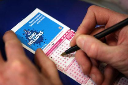 An image of someone picking their Euro Millions lottery numbers