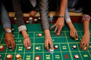 How Cognitive Biases Affect Gamblers
