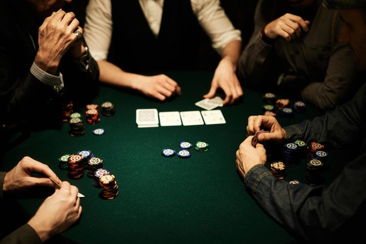10 Common Texas Hold'em Poker Mistakes to Avoid