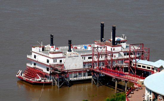 Hollywood Casino Baton Rouge riverboat casino
