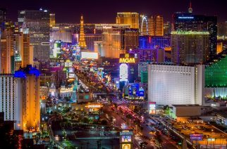 Tipping In Vegas: How To Do It Right