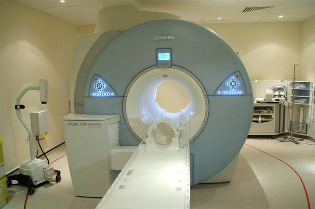 An MRI scanner used in radiology to assess the anatomy