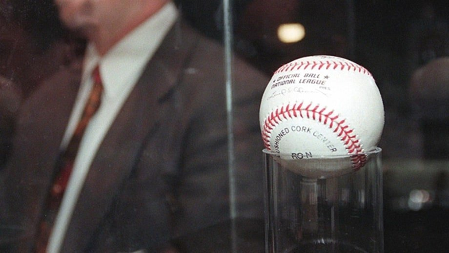An image of the 70th home run ball of Mark McGwire's