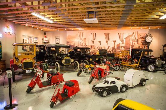Nostalgia Street Rods museum in Las Vegas