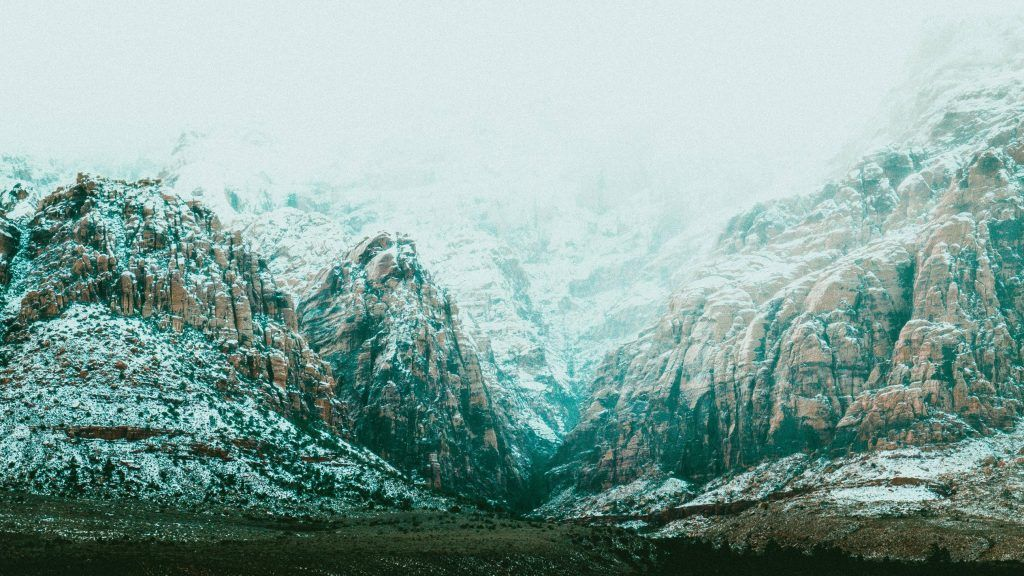 A shot of the Red Rock Canyon dusted with snow