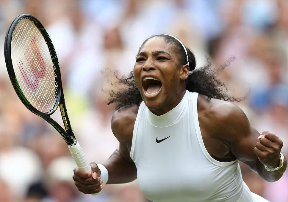 Serena Williams penuh semangat merayakan