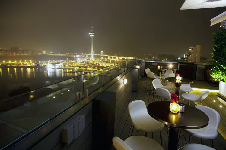The Sky21 roof top bar in Macau