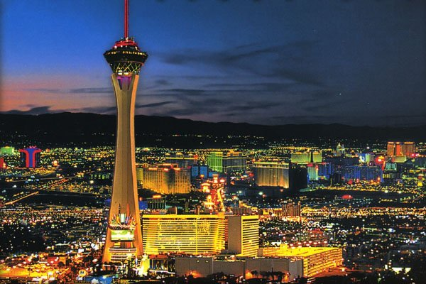 Stratosphere Hotel and Casino. (Credit: romanticbug.com)