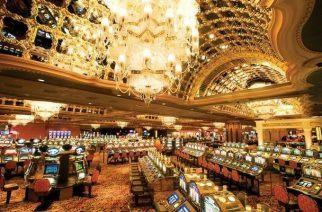 The expansive, Indian themed, Trump Taj Mahal Casino a definite must see, gambling or not. (Image: TrumpTaj.com)