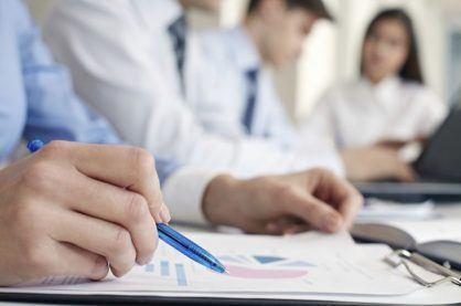 Underwriting statistics being analysed by investors