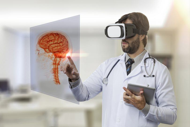 An image of how Virtual Reality Healthcare works