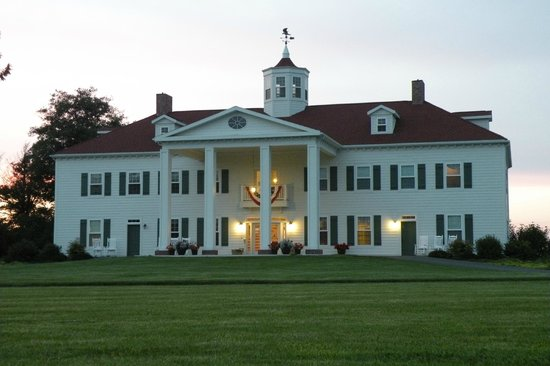 The Washington Inn is known to be an eerily haunted place