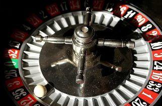 Roulette Wheel. (Source: Wikimedia.org)