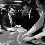 10 Things We Learned From a Vegas Blackjack Dealer On Reddit