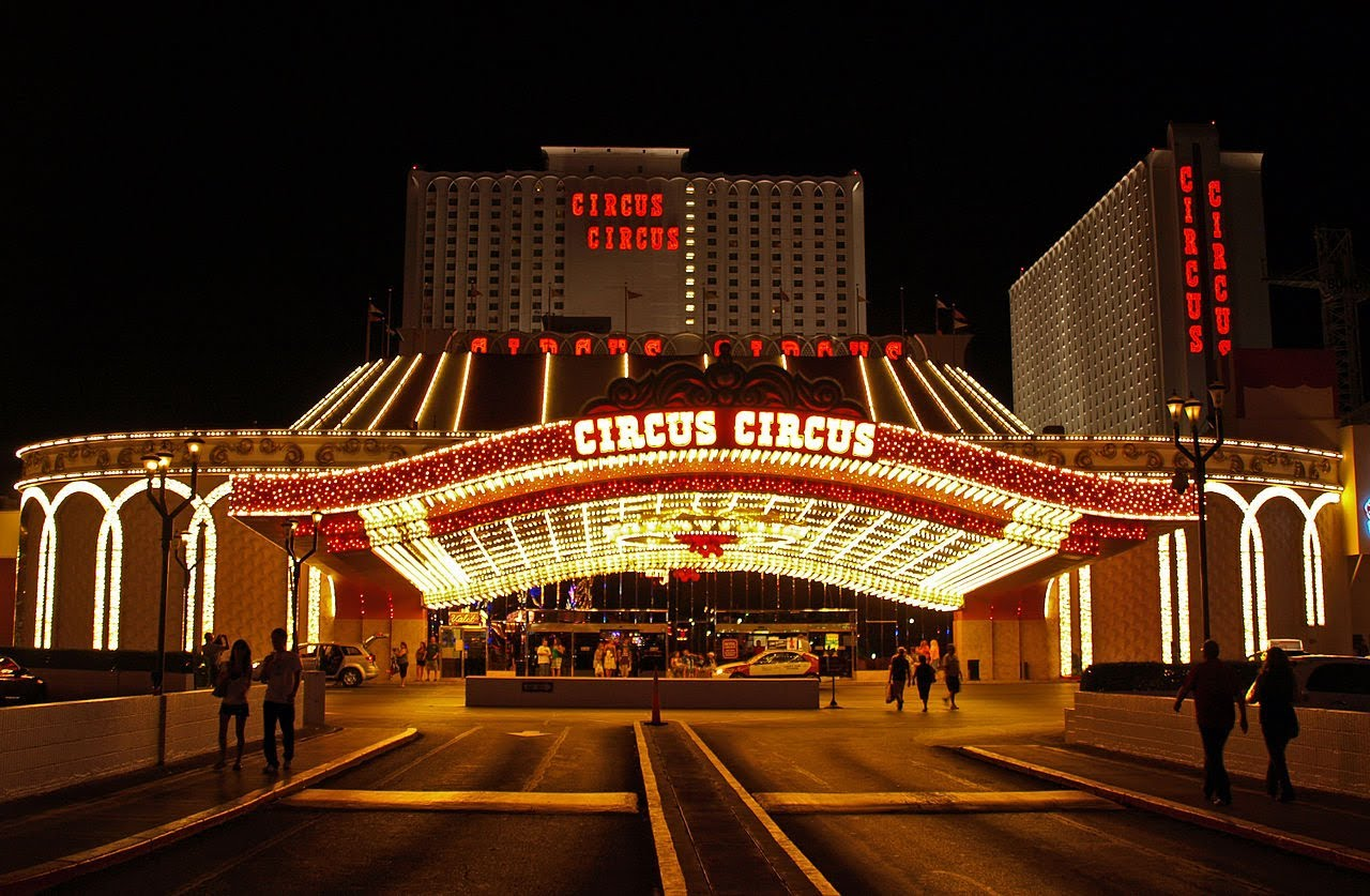 Circus Circus Las Vegas. (Credit: ytimg.com)