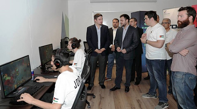 Prince of Jordan Sets Up eSports School