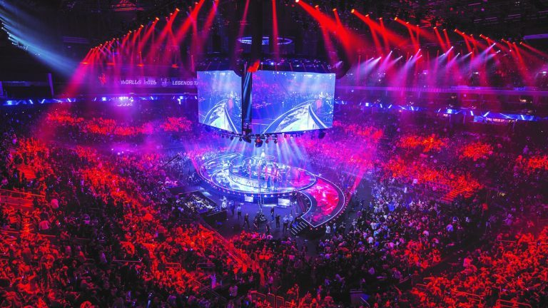 An image of an eSports event and the scale that they can reach