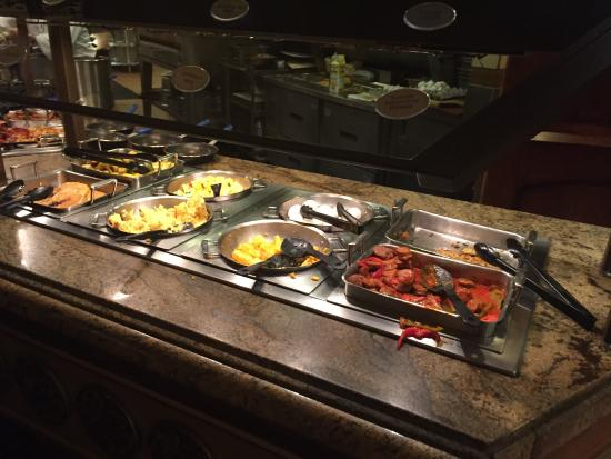 breakfast dishes at Vegas Feast Buffet