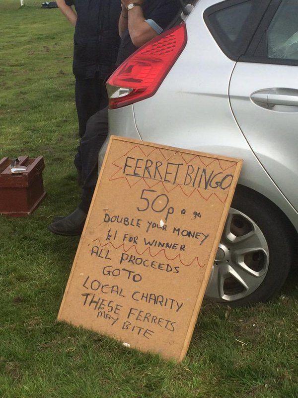 sign showing price to bet on ferret bingo
