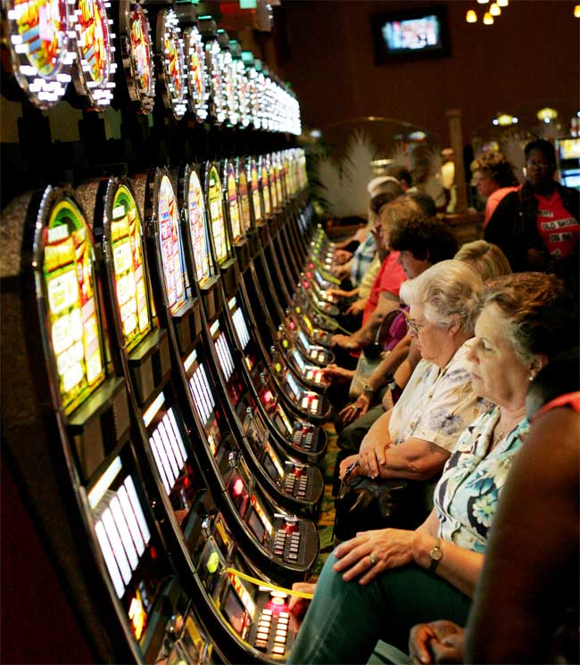 gambling slots online  casinos