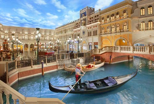 After winning big at the casino's extensive gambling options, you can take a relaxing gondola ride without leaving the comfort of the hotel.