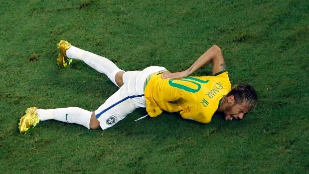 Neymar, broken vertebrae, World Cup 2014