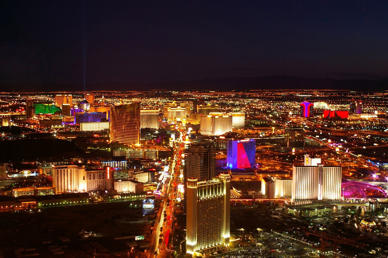 An overview of the Las Vegas strip at night