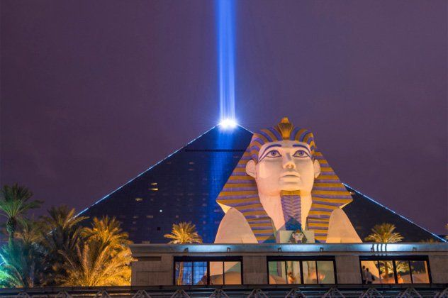 luxor beam in Vegas shinning into night sky