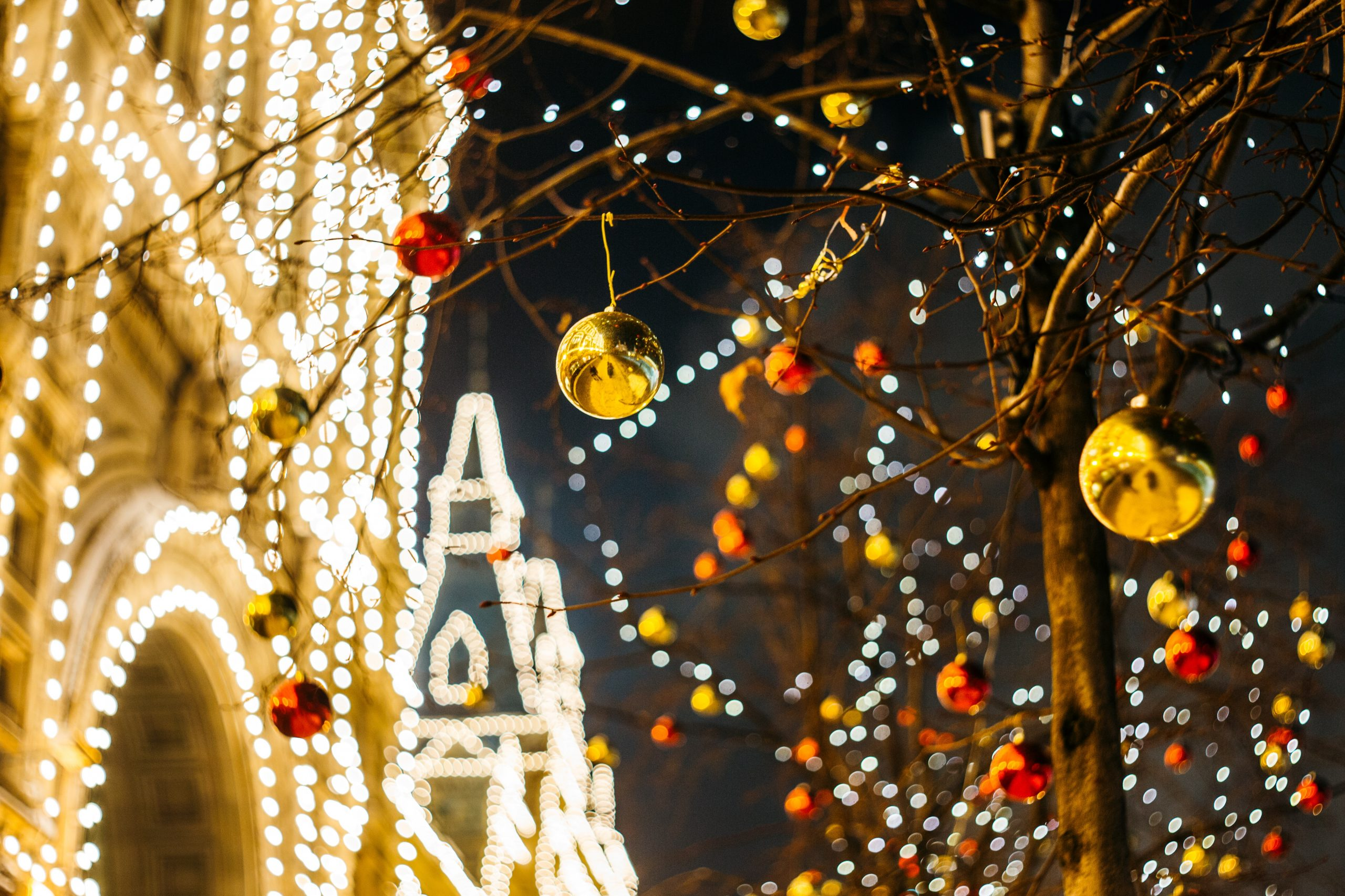 Where to Find the Absolute Best Holiday Decorations in Vegas