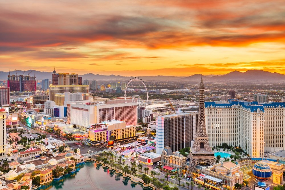 6 Vegas Reward Cards Compared – Which One's Best For You?