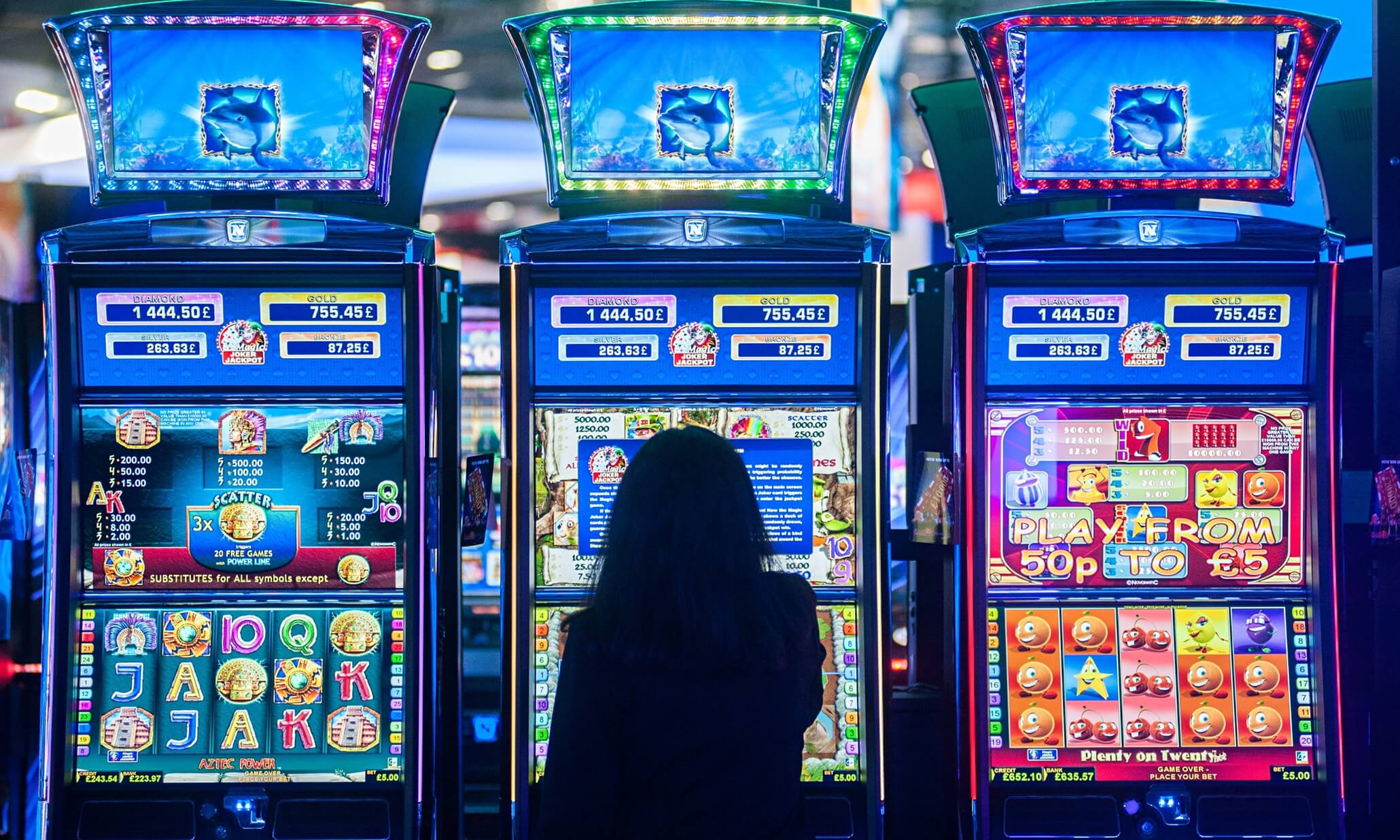 R. Paul Wilson On: Why Slots are a Game of Cat and Mouse for Cheaters and The House
