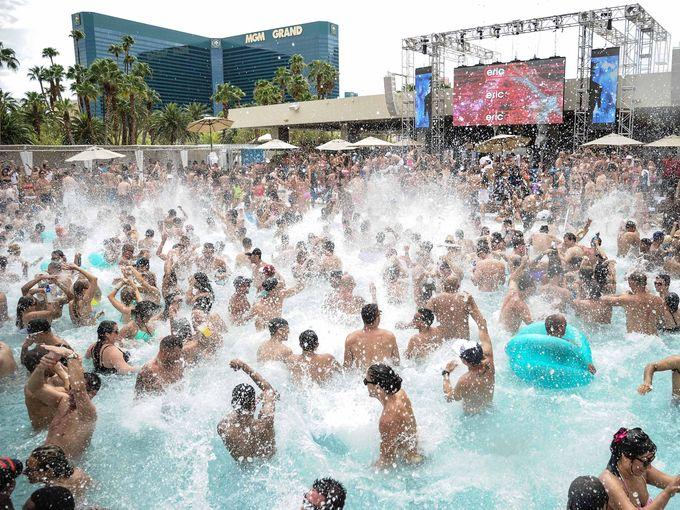 Spring break Las Vegas. (Source: gannett-cdn.com)
