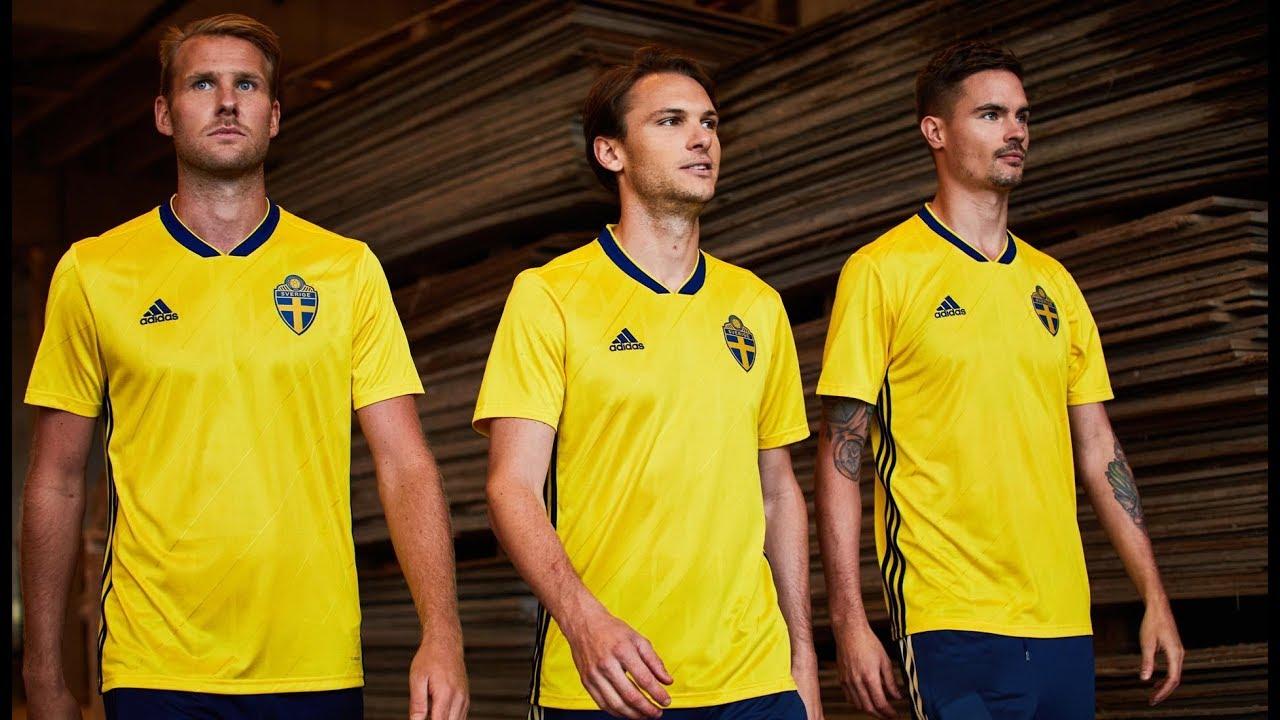 Sweden football kit