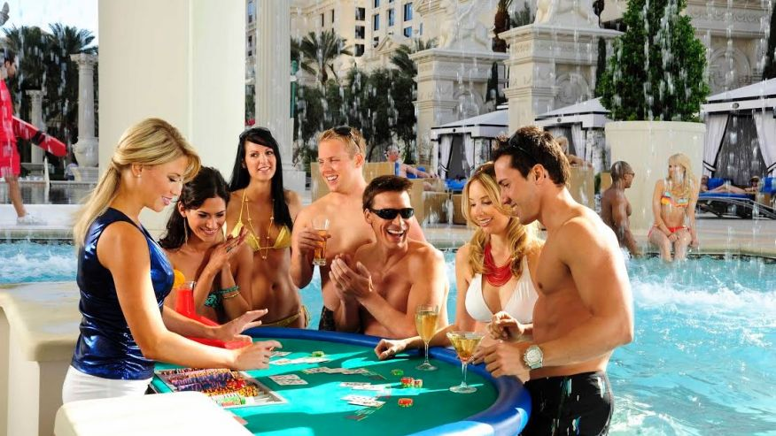swim up casino – Las Vegas