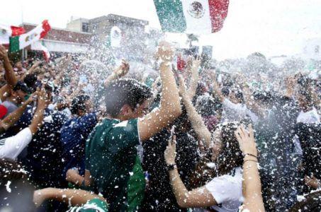 Mexiko gewinnt Auftaktspiel gegen Deutschland