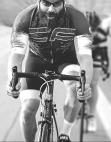 Dan Bilzerian mit dem Fahrrad
