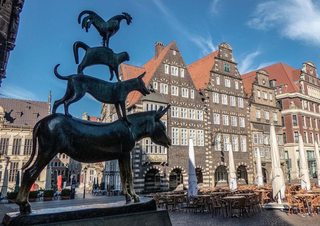 Statue Bremer Stadtmusikanten auf Bremer Marktplatz