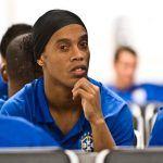 Ist die brasilianische Fußball-Legende Ronaldinho pleite?