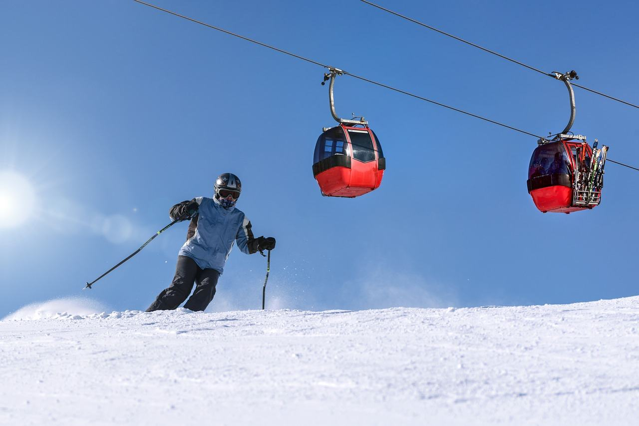 Schnee, Skifahrer