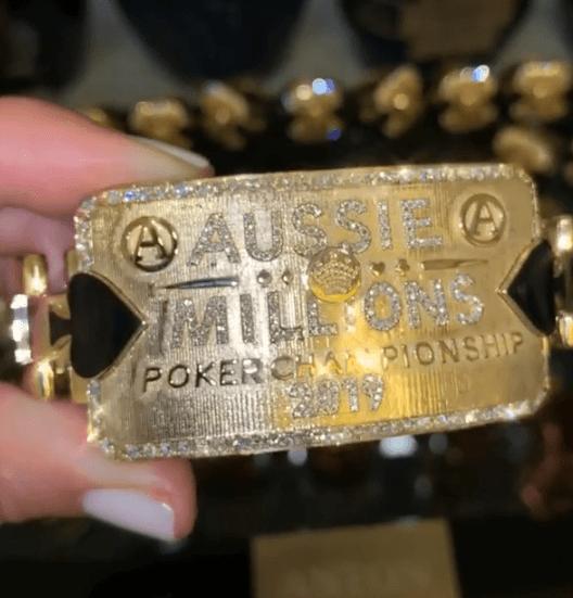 goldenes Bracelet