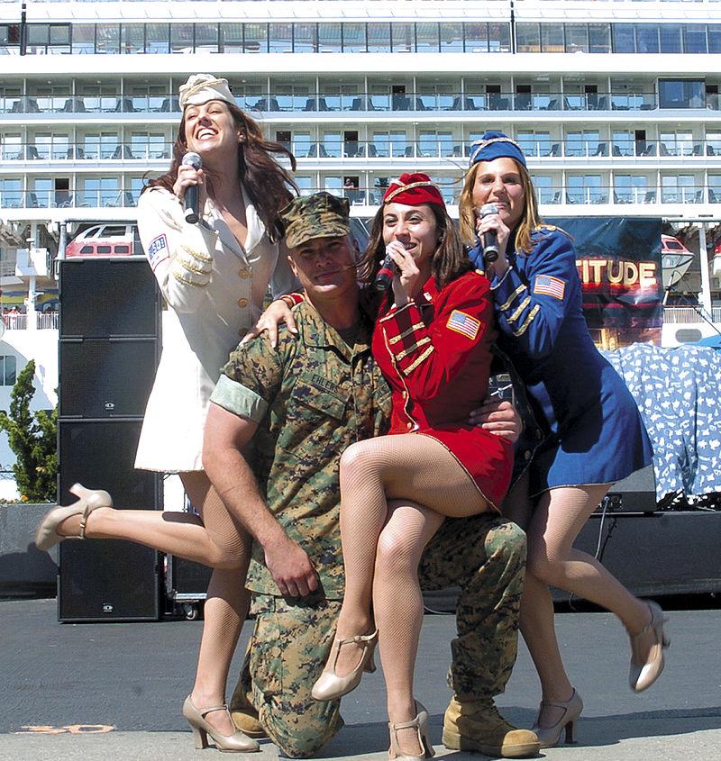 US Soldat, Sängerinnen