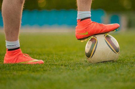 ball-ballsportarten-beine